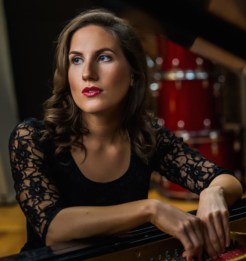 Voice Lessons - Zoe Ledger